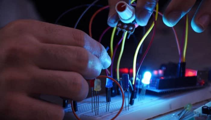 Cómo Iluminar Varios Leds Utilizando Un Arduino