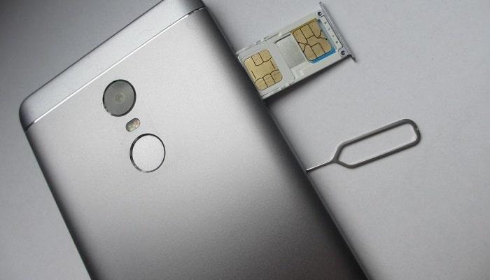 Cómo Insertar la Tarjeta SIM en un Xiaomi